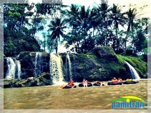 waterfall oyo gunungkidul